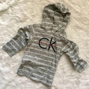 EUC Calvin Klein Jeans grey hoodie 2T